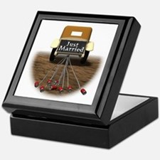 Just Married Keepsake Box