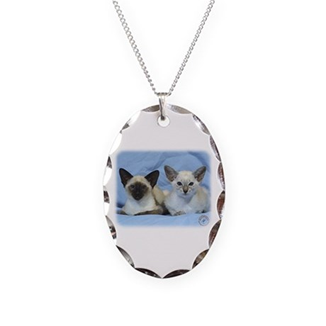 Siamese Cat 9W055D-100 Necklace Oval Charm