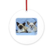 Siamese Cat 9W055D-100 Ornament (Round)