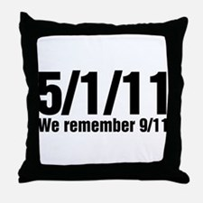 We Remember 9/11 Throw Pillow