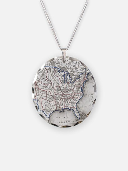 Vintage United States Gold R Necklace
