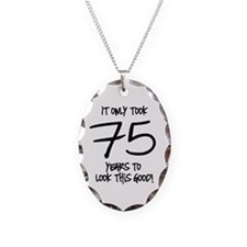 75 Looks Good Necklace Oval Charm