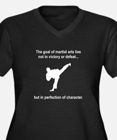 Martial Art Character Women's Plus Size V-Neck Dar