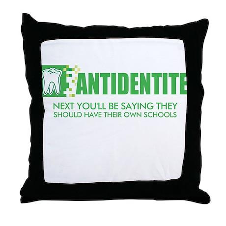 Antidentite kramer Throw Pillow
