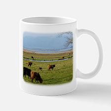 Highland Cattle near Loch Leven 9T076D-010 Mug