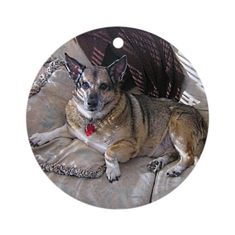 George Ornament (Round)