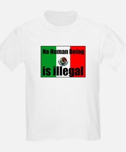 Human beings arent illegal Kids T-Shirt