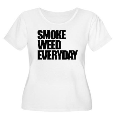 Smoke Weed Everyday Women's Plus Size Scoop Neck T