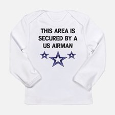 AREA SECURED US AIRMAN Long Sleeve T-Shirt