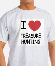 i heart treasure hunting T-Shirt