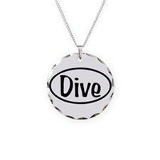 Dive Oval Necklace