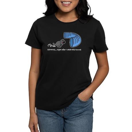 Tunnel Pug in Black Women's Dark T-Shirt