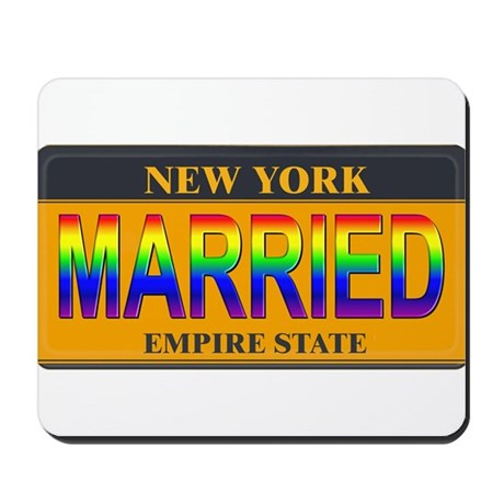 NY MARRIED Mousepad