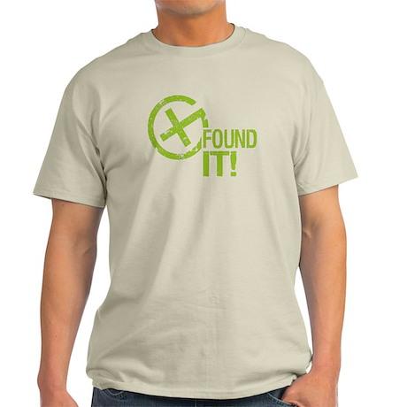 Geocaching FOUND IT! green Grunge Light T-Shirt