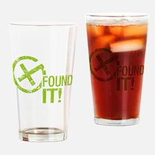 Geocaching FOUND IT! green Grunge Pint Glass