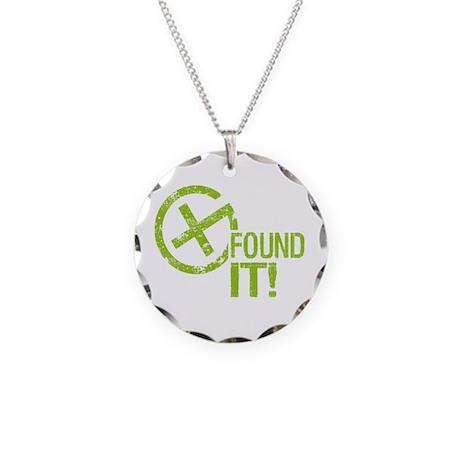 Geocaching FOUND IT! green Grunge Necklace Circle