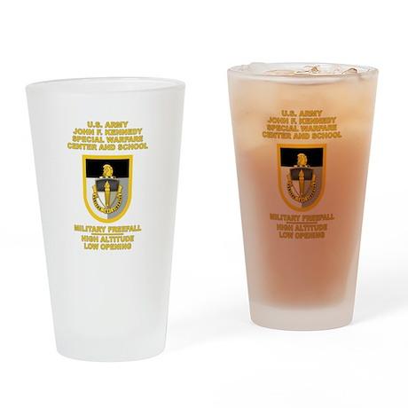 Special Warfare Center MFF Pint Glass