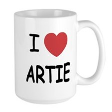 I heart artie Mug