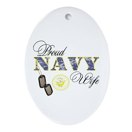 Proud Navy Wife Ornament (Oval)