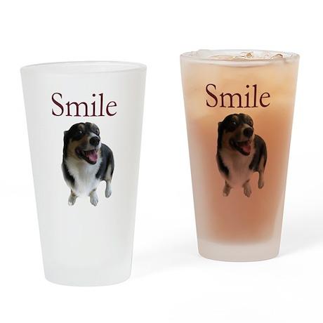 Smiling Dog Pint Glass