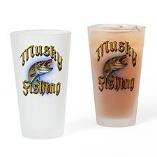 Musky Fishing 2 Pint Glass