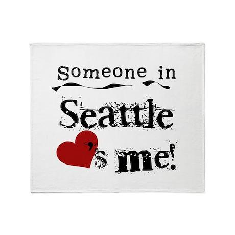 Seattle Loves Me Throw Blanket