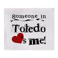 Toledo Loves Me Throw Blanket