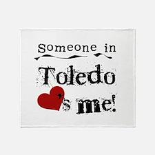 Toledo Loves Me Throw Blanket