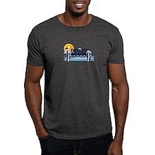 Dewey Beach DE - Pier Design T-Shirt