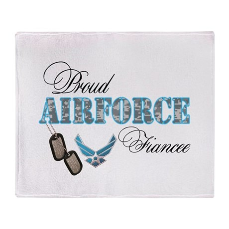 Proud Air Force Fiancee Throw Blanket