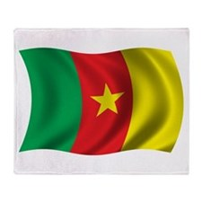 Wavy Cameroon Flag Throw Blanket
