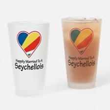 Happily Married Seychellois Pint Glass