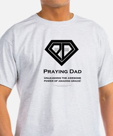 Praying Dad - T-Shirt