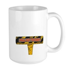 Pull Out To Eject Mug