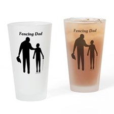 Fencing Dad Pint Glass