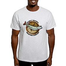 Light Muskellunge Fishing T-Shirt