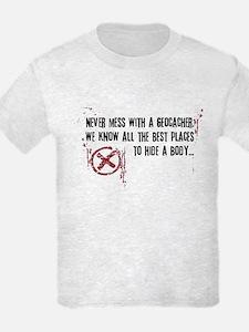 Geocaching - never mess dark red T-Shirt