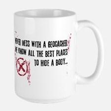 Geocaching - never mess dark red Ceramic Mugs