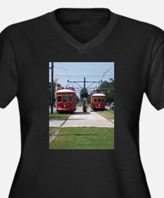Red Streetcar Women's Plus Size V-Neck Dark T-Shir