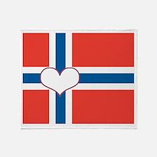 norwegian flag heart Throw Blanket