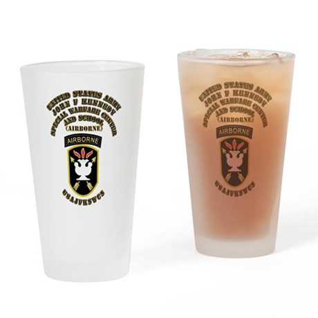 SOF - USAJFKSWCS SSI with Text Drinking Glass