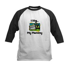 Dig Mommy Tee