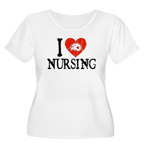 I Heart Nursing Women's Plus Size Scoop Neck T-Shi