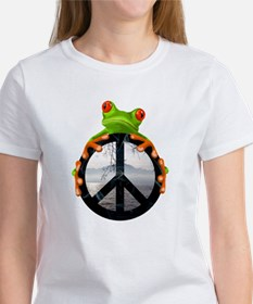 peace frog1 T-Shirt