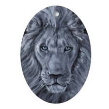 Bold Lion Ornament (Oval)
