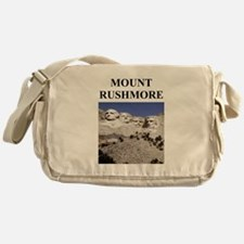 mount rushmore gifts and t-sh Messenger Bag