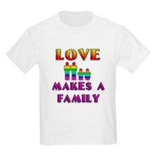 Love Makes Family (Males) Kids T-Shirt