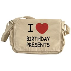 I heart birthday presents Messenger Bag