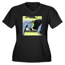 Friends Women's Plus Size V-Neck Dark T-Shirt