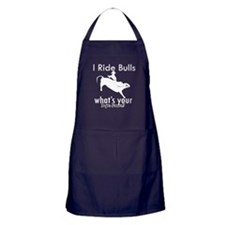 I Ride Bulls Apron (dark)